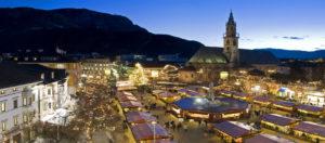 Il Viaggiatore Magazine - Piazza Walther - Mercatini di Natale, Bolzano