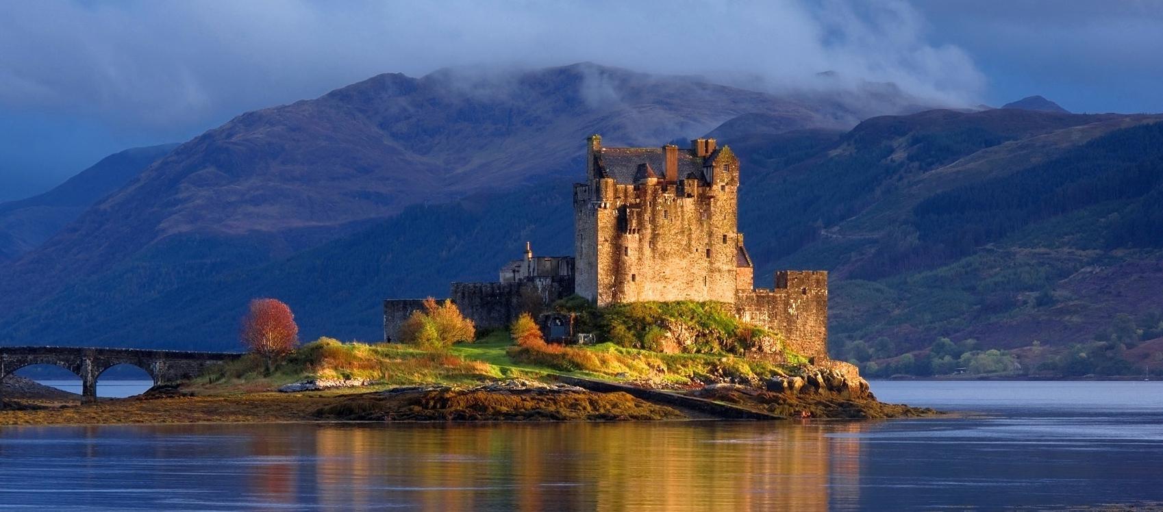 Risultati immagini per castelli scozia classica