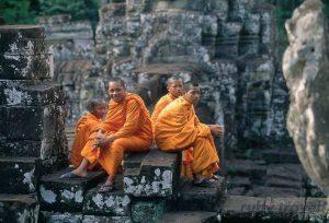 Il Viaggiatore Magazine - Monaci Buddisti, Cambogia