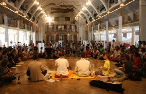 Il Viaggiatore Magazine - Edizione Yoga Meeting Merano - Merano, Bolzano