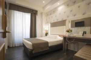IlViaggiatoreMagazine-Camera-Hotel Diana-Roma