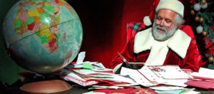 Babbo Natale con le sue letterine-Govone-Cuneo