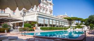 Esterno con piscina-Grand Hotel-Rimini