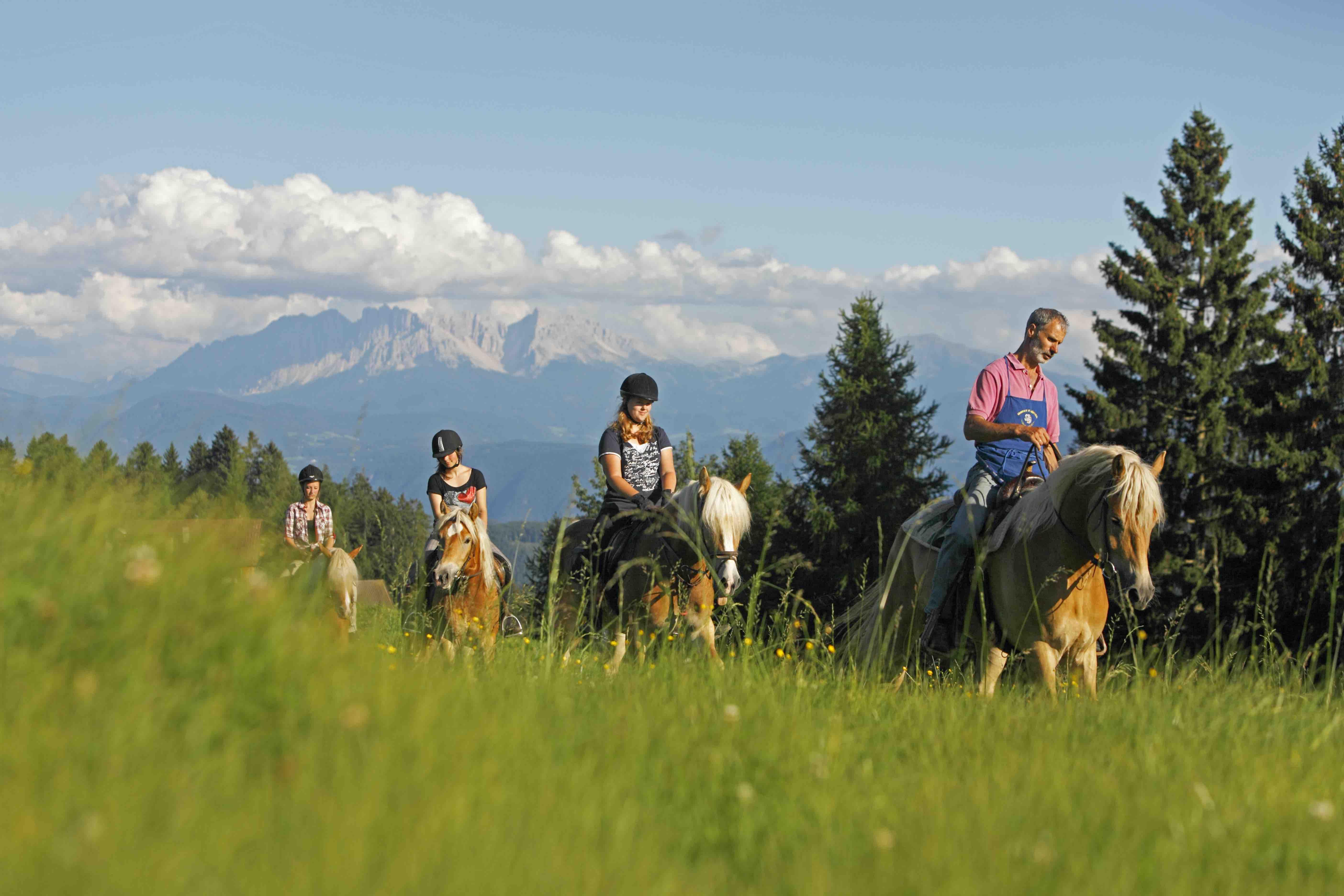 Passeggiata a cavallo in Alto Adige