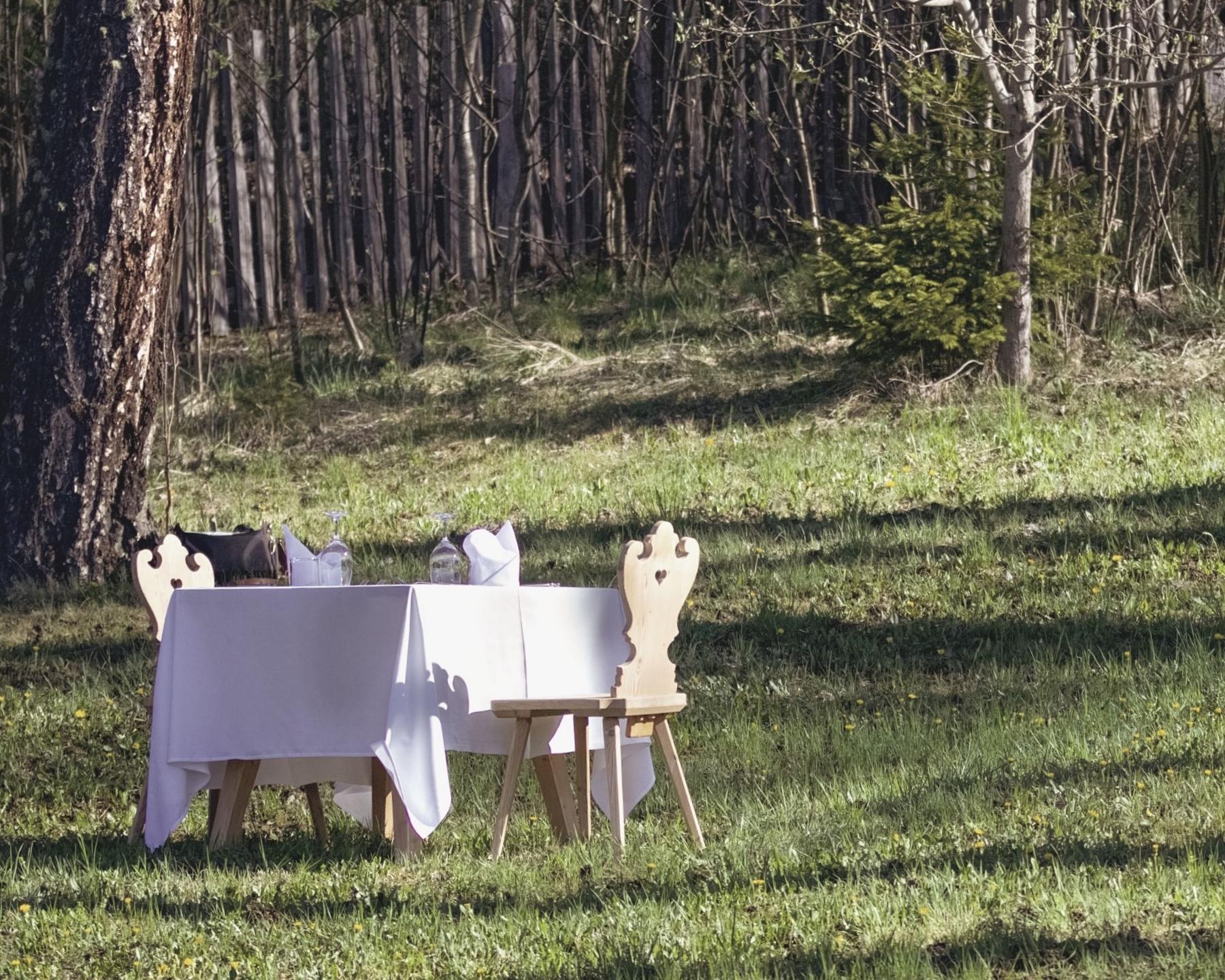 "vigilius mountain resort- ""a tavola nel bosco""-Lana-Bolzano"