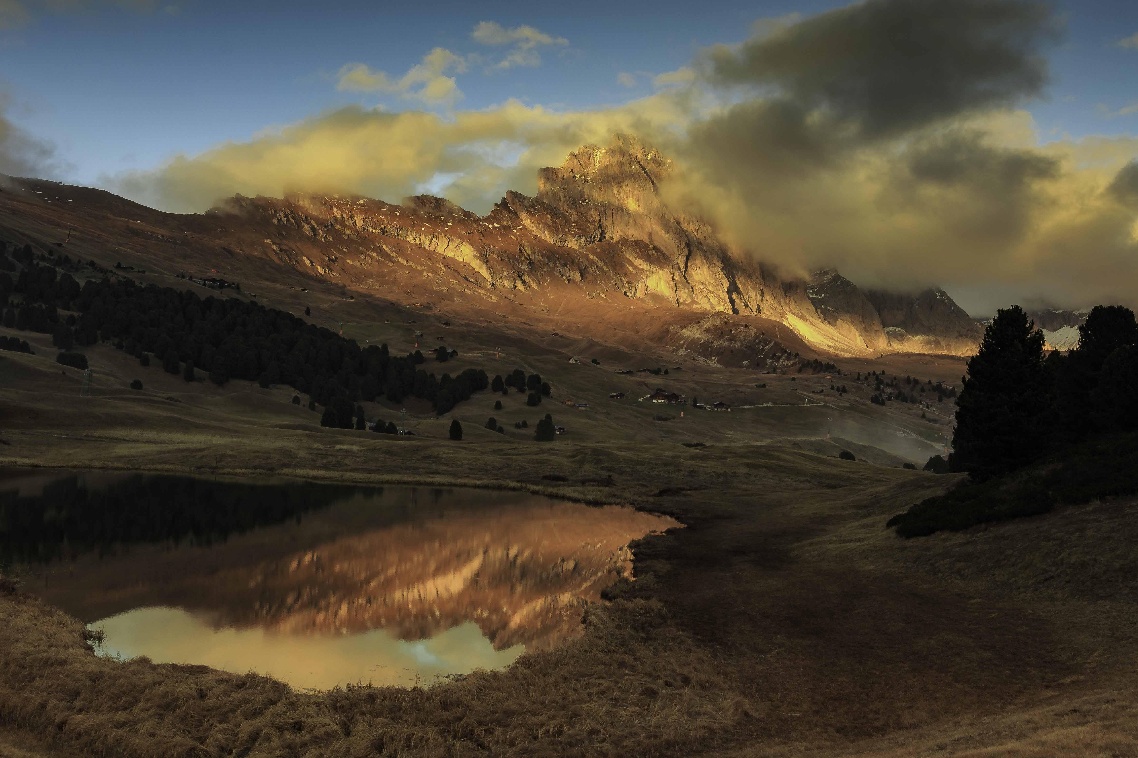 Alba sulle Odle-Foto Michael Kasslatter
