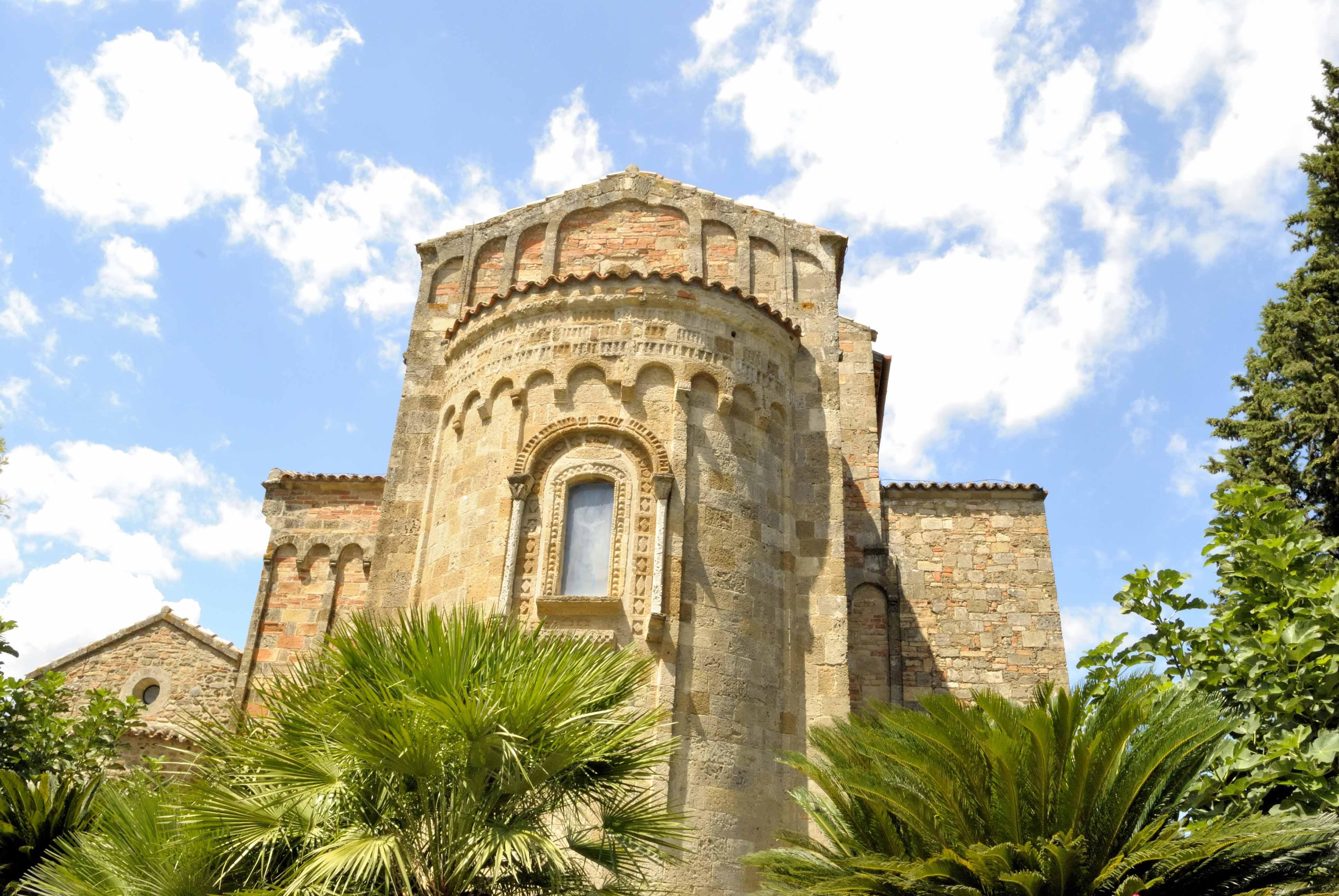 Santuario Santa Maria D'Anglona-Cosa fare in Basilicata